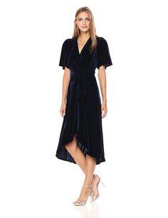 Donna Morgan Women's Fleyr Wrap Puff Sleeve Dress at Amazon Women's Clothing store: