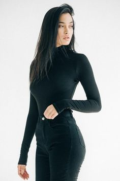 Super fitted, long sleeve turtleneck with heavyweight ribbed fabric. It's stretchy, comfortable, and a basic you'll need. Skirt Outfits, Stylish Outfits, Fashion Outfits, Grunge Goth, Brunette Beauty, Long Brunette, Long Sleeve Turtleneck, Elegant Outfit, Look At You
