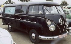 Vw hearse - please carry me to my final resting place Volkswagen Transporter, Bus Camper, Vw T1, Volkswagen Jetta, Vw Bugs, Samba, My Dream Car, Dream Cars, Carros Vw