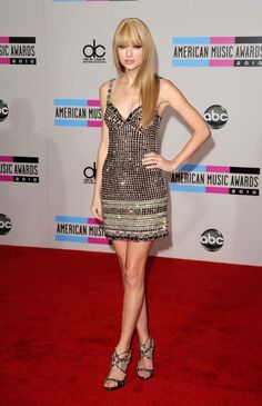 Taylor Swift Ohhh i love her new look. Gorgeous! Katy Perry Much better than other times Why you can't always do it like ...
