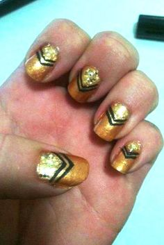 Mani monday: Share your nail art to WIN a Nokia Lumia 800 (week 3)!
