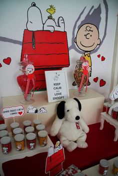 Check out this Peanuts Snoopy birthday party! See more party ideas at CatchMyParty.com!