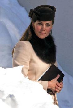 Duchess of Cambridge in fur collar