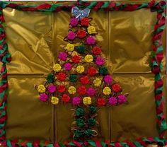 Árvore de Natal - com rolinhos de Papel higiênico e dobraduras de flocos de neve