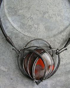 Flapper necklace of jasper breccia 6x7cm, leather, tin sold by želmira on fler.cz, Catalogue No. 3467424