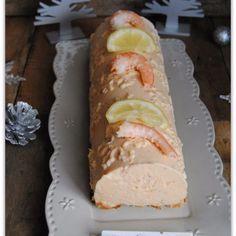 bûche salée au saumon et aux crevettes : https://la-main-a-la-pate.fr/buche-saumon-aux-crevettes/ #bûche #noël #saumon #crevettes #recette #christmasrecipe #homemade