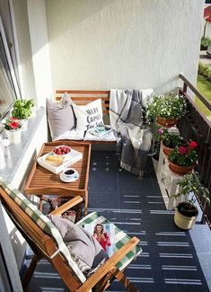 Balkon ♡ Wohnklamotte balcony furniture for small balcony design small terrace Your Teen: Tips On Su Small Balcony Garden, Small Balcony Decor, Small Balcony Design, Small Terrace, Balcony Plants, Balcony Bench, Small Balconies, Modern Balcony, Small Balcony Furniture