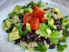 Quinoa, Black Bean & Avacado Salad Recipe - This is a fantastic and simple clean eating recipe. #eatclean #cleaneating