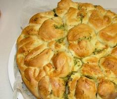 Recipe Herb and Garlic Pull Apart Bread by Thermomix in Australia - Recipe of category Baking - savoury Herb Bread, Garlic Bread, Garlic Butter, Thermomix Bread, Bellini Recipe, Pull Apart Bread, Savoury Baking, Bread And Pastries, Baking Recipes
