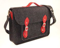 NEW lower price 30% OFF  Felt Laptop bag 15 inch by etoidesign