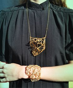 Geometric Jewellery - L.T.C.H. Ergonomic territories; 3D sculptural design; structured jewelry; necklace; bracelet