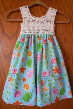 Diy Crafts - Diy Crafts - Trendy Ideas For Dress Pattern Easy Girls dress Crochet Dress Girl, Crochet Summer Dresses, Crochet Girls, Crochet Baby Clothes, Crochet For Kids, Crochet Yoke, Crochet Fabric, Little Dresses, Little Girl Dresses