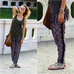 Bershka Trousers, H Bag, Oysho Sandals