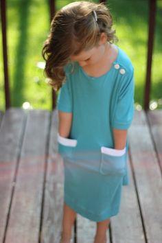 O+s Sailboat top made into a dress, using knits - add drawstring waistband Sewing Kids Clothes, Sewing For Kids, Diy Clothes, Kids Clothing, Little Girl Fashion, Boy Fashion, Womens Fashion, Fashion Design, Kids Outfits