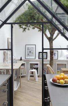 Paris Loft Apartment on Rue Voltaire by Grégoire De Lafforest | Yellowtrace.