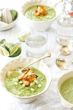 This Paleo Spicy Green Tomato Gazpacho with Grilled Shrimp is the perfect summertime soup! A great way to get your vegetables in for the day! Tomato Gazpacho, Tomato Jam, Gazpacho Soup, Gazpacho Recipe, Grilled Shrimp Recipes, Paleo Soup, Healthy Soup Recipes, Healthy Foods, Keto Meal Plan