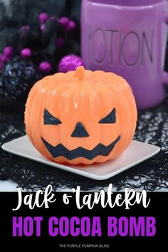 This Jack o'Lantern Hot Cocoa Bomb is the perfect Halloween drink to enjoy this spooky season.With pumpkin spice cocoa, marshmallows, and Halloween M&Ms, pour over hot milk and it'll warm you through after a night of Trick or Treat fun!