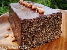babka z orzechami laskowymi Polish Recipes, Pina Colada, Scones, Banana Bread, Good Food, Food And Drink, Cooking Recipes, Sweets, Baking