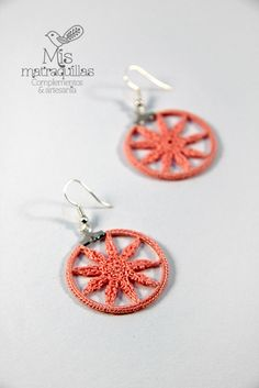 Mucho más en https://www.facebook.com/MisMatraquillas/ | Pendientes de ganchillo - Crochet earrings | #pendientes #earrings #ganchillo #crochet #mujer #mandala #artesania #handmade #complementos #moda