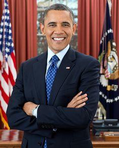 Von Official White House Photo by Pete Souza - P120612PS-0463 (direct link), Gemeinfrei, https://commons.wikimedia.org/w/index.php?curid=23956389 Barack Hussein Obama II[1] [bəˈɹɑːk hʊˈseɪn oʊˈbɑːmə] (* 4. August 1961 in Honolulu, Hawaii) ist ein US-amerikanischer Politiker und seit dem 20. Januar 2009 der 44. Präsident der Vereinigten Staaten.