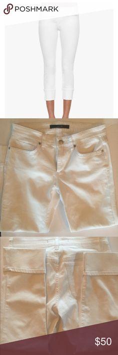 """Joe's Jeans Clean Cuff Crop White Jeans in Jenny never worn. 9"""" rise 25"""" inseam 11"""" leg opening - joes jeans size 27 - Joe's Jeans Pants Skinny"""
