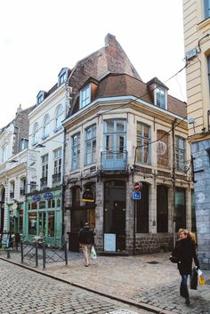 We're In Lille, France! - Hand Luggage Only - Travel, Food & Photography Blog