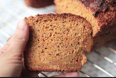 Quanto menos glúten e lactose na nossa alimentação, melhor.Não concorda?Por isso estamos trazendo mais uma receita de pão sem glúten.E este é um pão sem glúten diferente.
