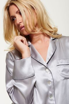 Handmade using 100% Silk charmeuse, our Women's Silk Pyjama Set is effortlessly glamorous, yet perfect to slip into after a long day in the office.