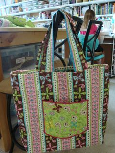 Tote Bag - Sewn with double sided quilted fabric