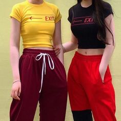 Uploaded by AwkwardLittleBean. Find images and videos about girl, fashion and style on We Heart It - the app to get lost in what you love. Ulzzang Fashion, Fashion Mode, Asian Fashion, Street Fashion, Fashion Outfits, Womens Fashion, Fashion Ideas, Rock Style, My Style
