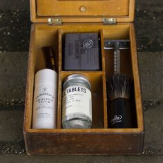 antique shaving items | Vintage Shaving Box