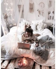 This is a Bedroom Interior Design Ideas. House is a private bedroom and is usually hidden from our guests. However, it is important to her, not only for comfort but also style. Much of our bedroom … Cute Girls Bedrooms, Cute Bedroom Ideas, Teenage Girl Bedrooms, Bedroom Inspo, Bedroom Decor, Bedding Decor, Boho Bedding, Dream Rooms, Dream Bedroom