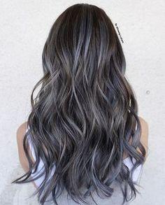 Resultado de imagen para cabello bicolor en las puntas grey