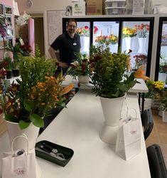 Preparing for our floral arrangement class today. Floral Arrangement Classes, Floral Arrangements, Dish Garden, Flower Studio, Funeral, Indoor Plants, Special Events, Orchids, Valentines