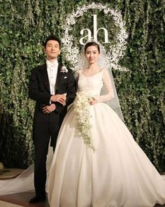 Yeung wore a stunning, long-sleeved wedding dress and carried a cascading white bouquet. Baby In Wedding Dress, Wedding Dress Sleeves, Lace Sleeves, Dream Wedding, Celebrity Wedding Dresses, Celebrity Weddings, Long Sleeve Wedding, Groom And Groomsmen, Tall Cakes
