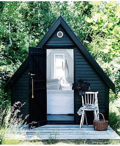 it) submitted by to /r/CozyPlaces 0 comments original - Architecture and Home Decor - Buildings - Bedrooms - Bathrooms - Kitchen And Living Room Interior Design Decorating Ideas - Guest Cabin, Cozy Cabin, Style At Home, Backyard Cabin, A Frame Cabin, Tiny House Cabin, Outdoor Rooms, Outdoor Kitchens, Outdoor Areas