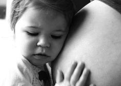 so sweet!    http://blog.shutterfly.com/6155/pregnancy-photography/