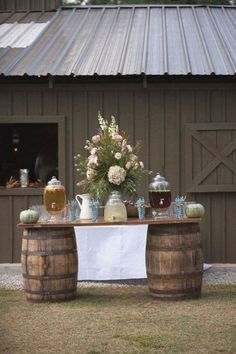 35 Wonderful Country Wedding Table Decorations Ideas That You Need To Try Asap - One of the more popular wedding themes trending today is the country wedding. Country weddings can run the gamut from having an outdoor ceremony and r. Drink Display, Rustic Chic Decor, Rustic Art, Western Decor, Country Barn Weddings, Wedding Country, Western Weddings, Rustic Weddings, Southern Weddings