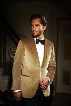 This velvet gold blazer is so swaggy for a groom or groomsmen