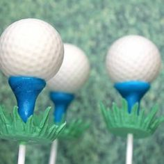 Golf Ball Cake Pops {Edible Craft}These golf balls are actually a yummy cake pop.  Check out the tutorial to crate the ball, tee, and grass that are all edible!View This Tutorial