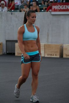 """Somebody asked me if I really want to look like those """"big chicks"""" that are in the Crossfit Games… This """"big chick"""" has been in the top 10 or 20 the last few years and YES, I ABSOLUTELY want to look like her!"""
