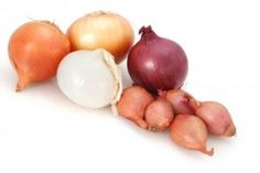 Onions are a good source of both carotenoid and flavanoid antioxidants, including quercetin; a good source of vitamin B and C and the minerals potassium, chromium, and magnesium and a good source of fiber to boot! They are very low in calories, and associated with both anti-inflammatory and perhaps even anti-microbial (germ fighting) effects.