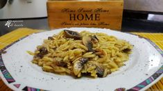 Greek Recipes, Side Dishes, Spaghetti, Pasta, Meat, Chicken, Ethnic Recipes, Food, Traditional