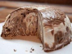 Торт без выпечки из творога, сметаны и печенья