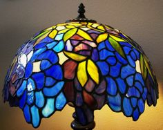 how to identify a real tiffany lamp tiffany lamps. Black Bedroom Furniture Sets. Home Design Ideas
