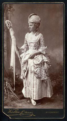 Costume: Hungarian