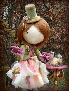 Оливия, нежно хранящая свои воспоминания...                              Последняя в уходящем году девочка получилась совсем не новогодней...