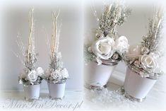 stroiki białe w doniczkach