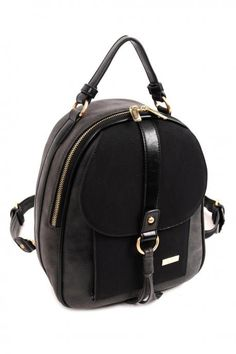 Black backpack, made of pu leather, with decorative details, external pocket and distinctive texture. Comes with protective dust bag. Black Backpack, Pu Leather, Fashion Backpack, Dust Bag, Fall Winter, Backpacks, Bags, Collection, Women