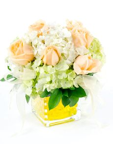 Gift Ideas - Easter Flowers: Flower Vase - Hydrangea and Rose Mix! Easter Flowers, Mothers Day Flowers, Flowers Singapore, Order Flowers Online, Amazing Flowers, Flower Vases, Hydrangea, Hobbies, Decorations